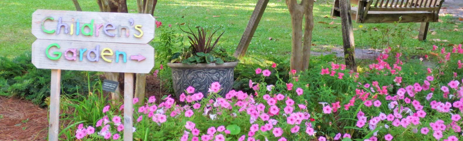 Sign-Childrens-Garden